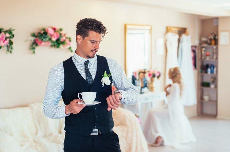 Как молодоженам совместить подготовку к свадьбе и ремонт будущего семейного жилища