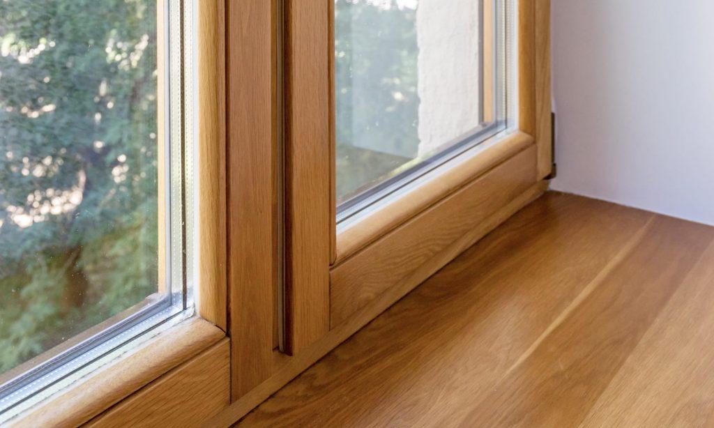 Преимущества окон из натуральной древесины от компании «Салют»