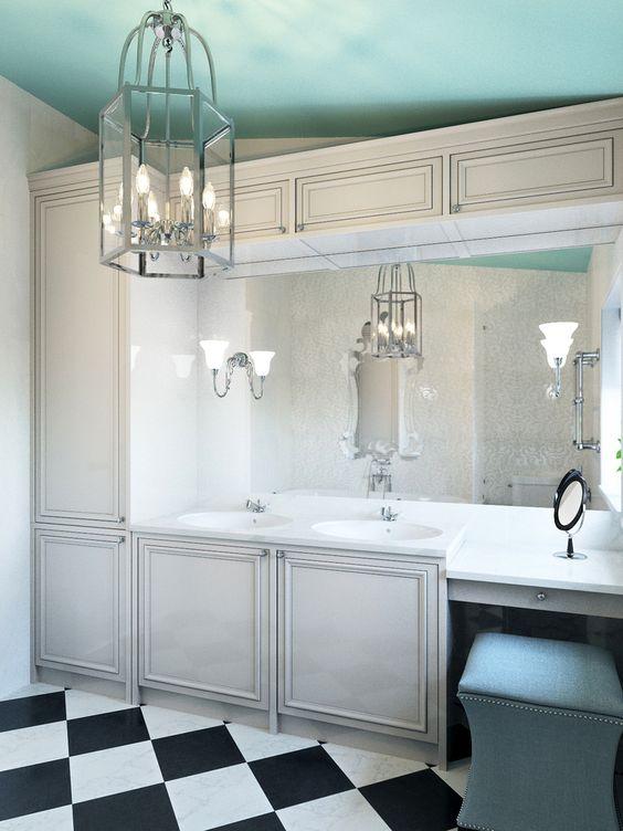 Как декорировать потолок в ванной