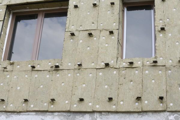 Утепление наружных стен деревянного дома